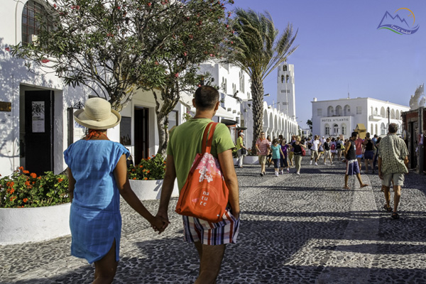 obiective turistice santorini fira