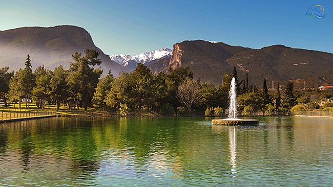 Lacul Litochoro si Muntele Olimp