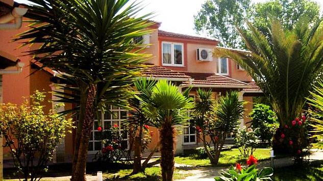 demis apartments sidari corfu