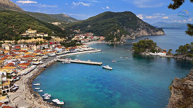 plaja parga grecia
