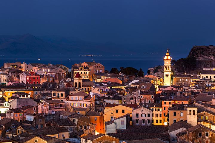 Corfu-Town-night-7