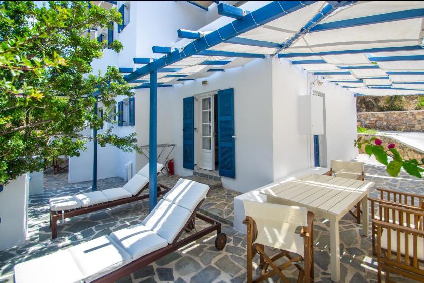 Galissas-insula-syros-grecia
