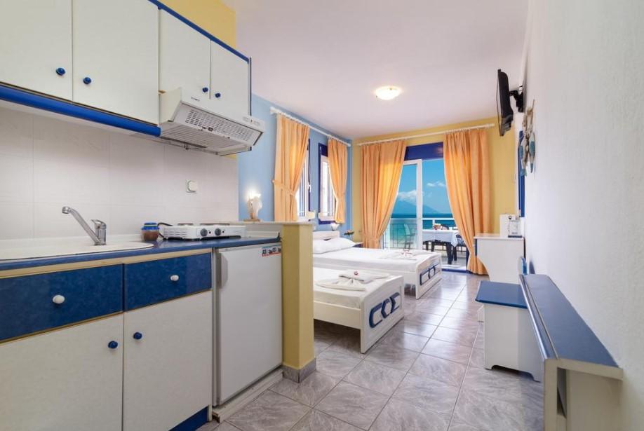 o-recomandare-apartamente-halkidiki-sarti-hotel-katerina-1