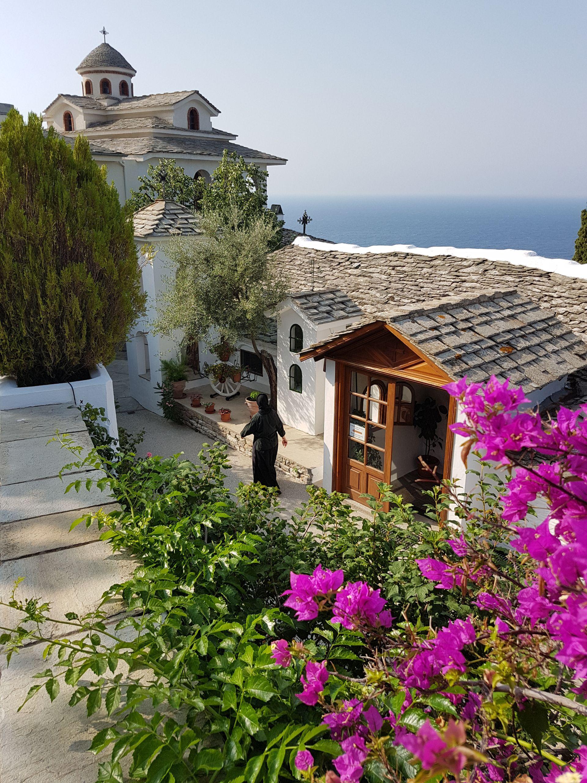 manastirea thassos obiective turistice